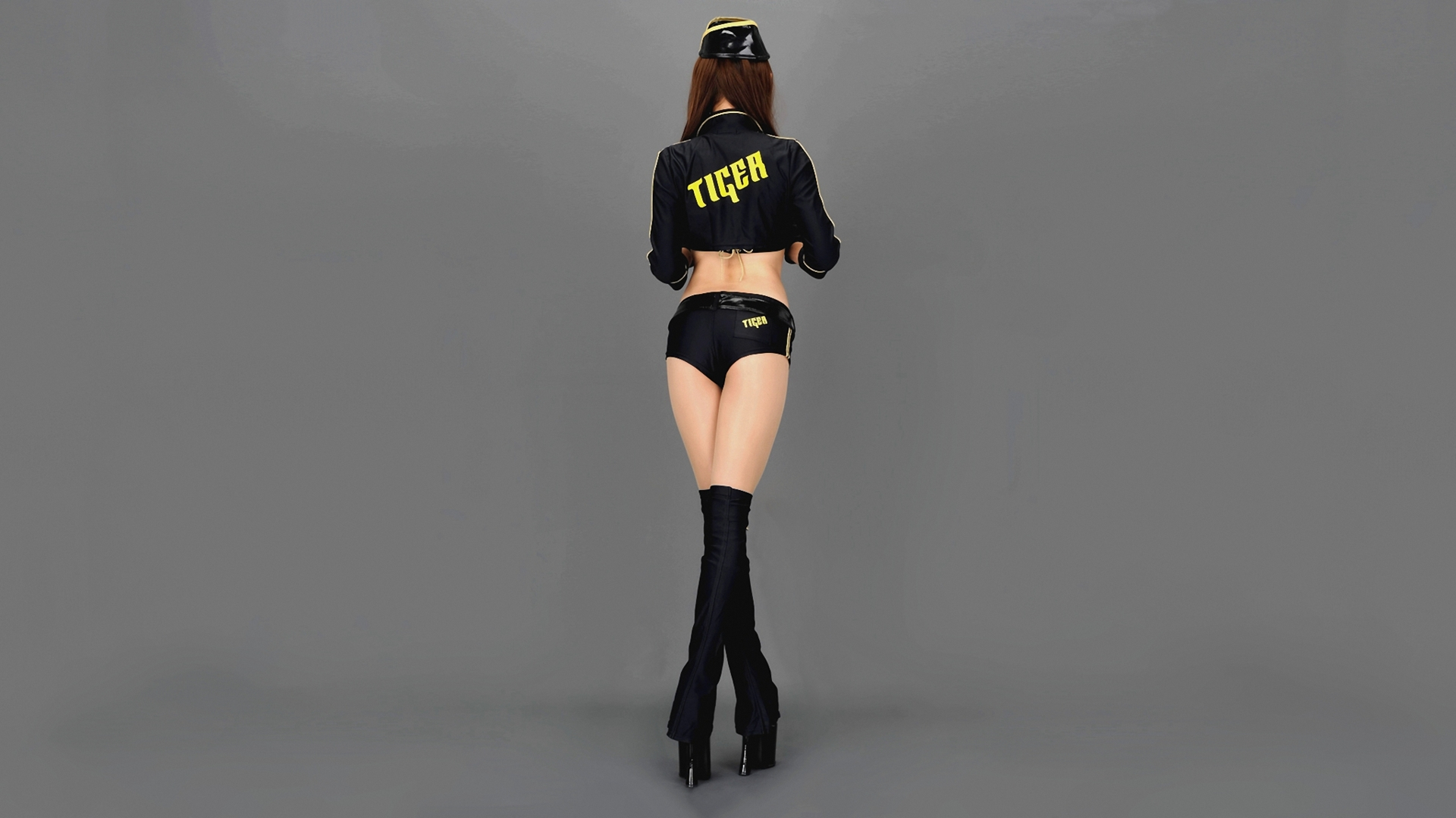 tiger girl [1920x1080].jpg