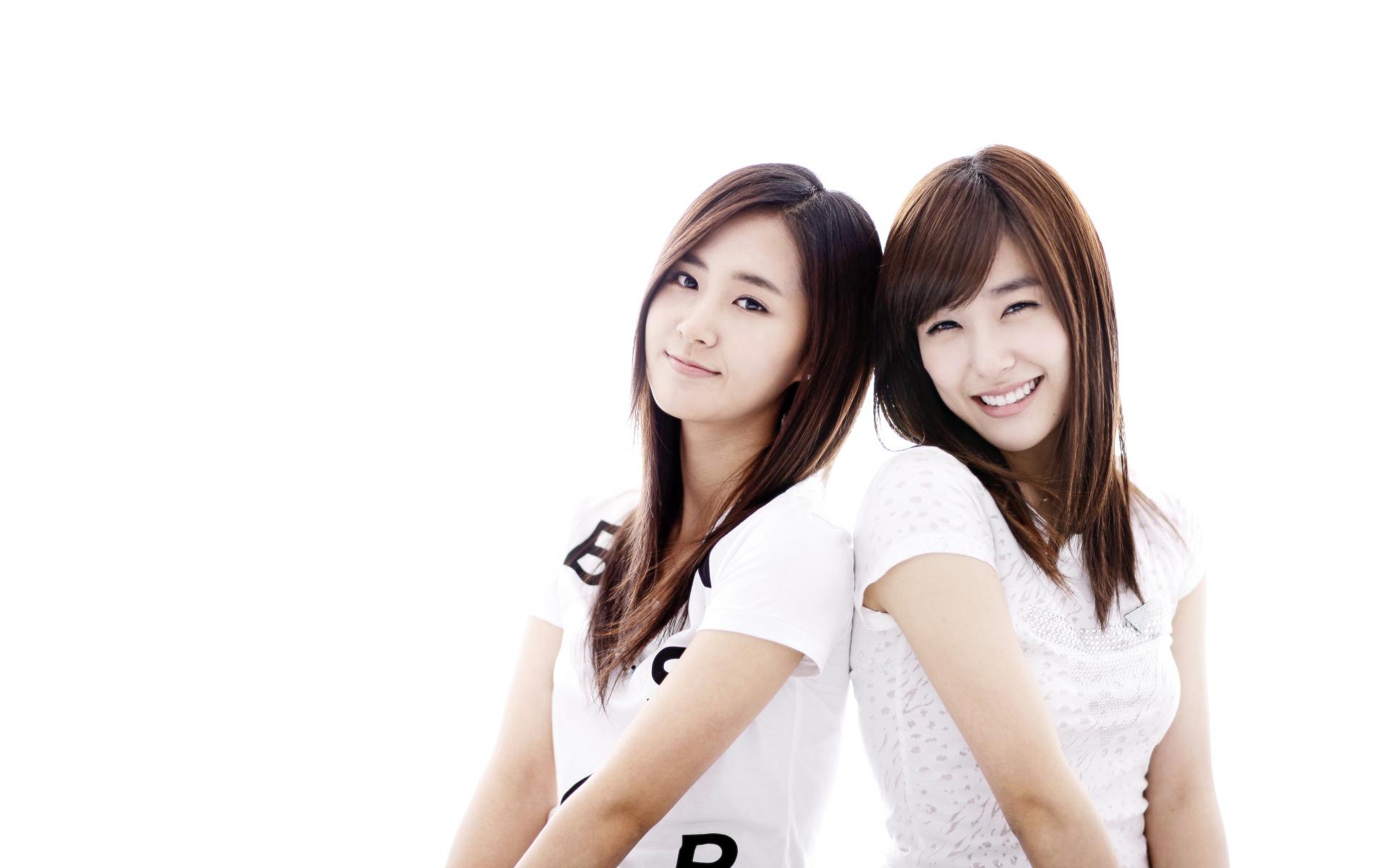 Yuri kwon snsd 21 rose 10