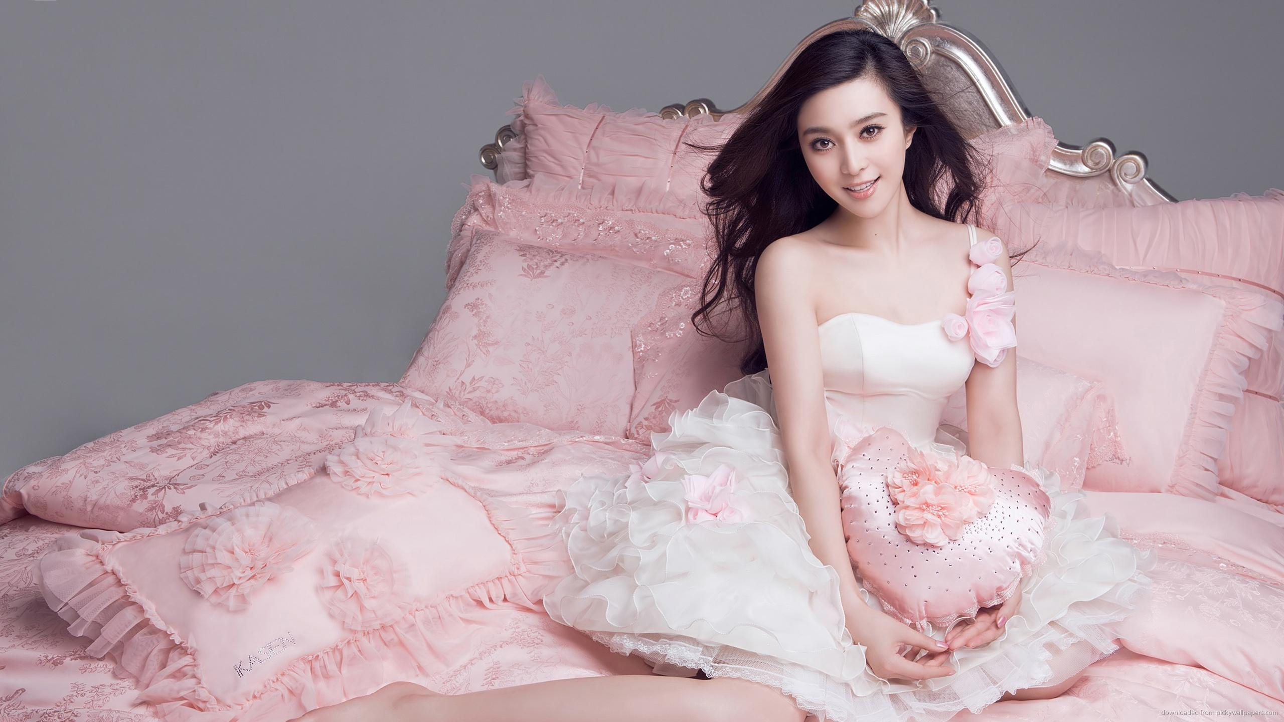fan-bingbing-light-dress.jpg
