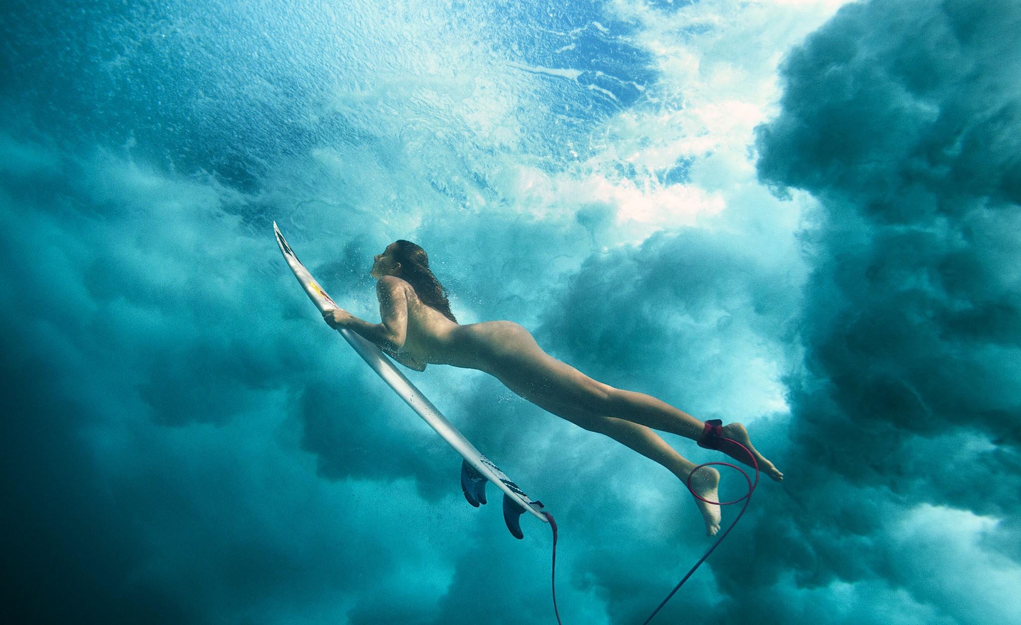 390057_maya_gabeira_surf_20120711092625-771.jpg